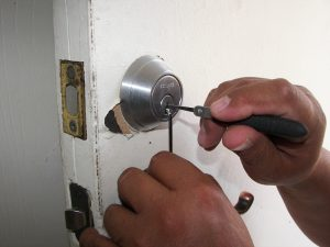 Lock Picking - Locksmith