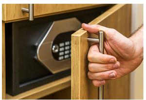safe locksmith Colorado springs